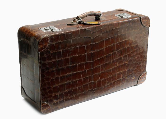 När du vill resa med stil. Vintageväskan auktionerades ut hos Stockholms Auktionsverk
